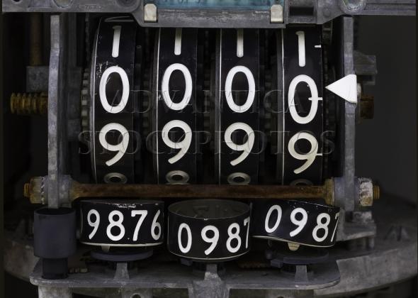 Vintage analog fuel pump display meter