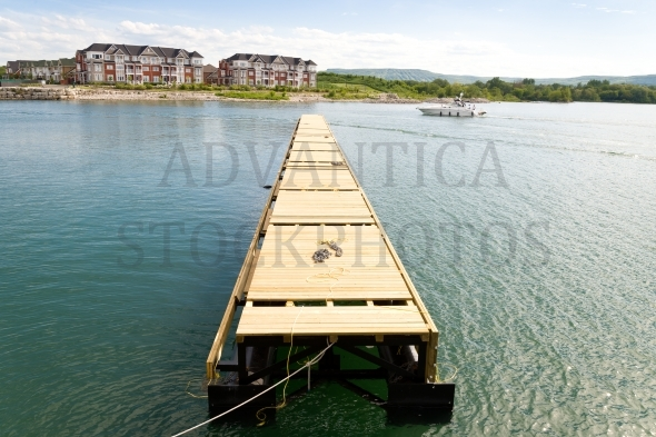 Long floating dock
