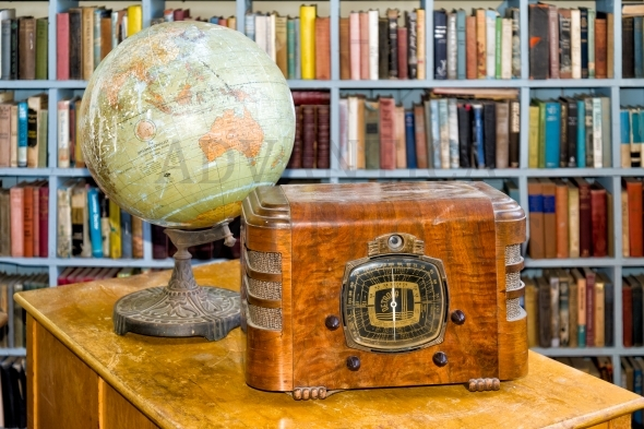 Old globe and radio